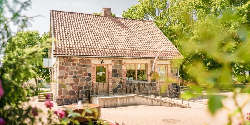 Nīcas tūrisma informācijas centrs un senlietu krātuve